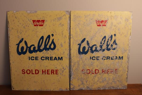 Vintage Walls signs