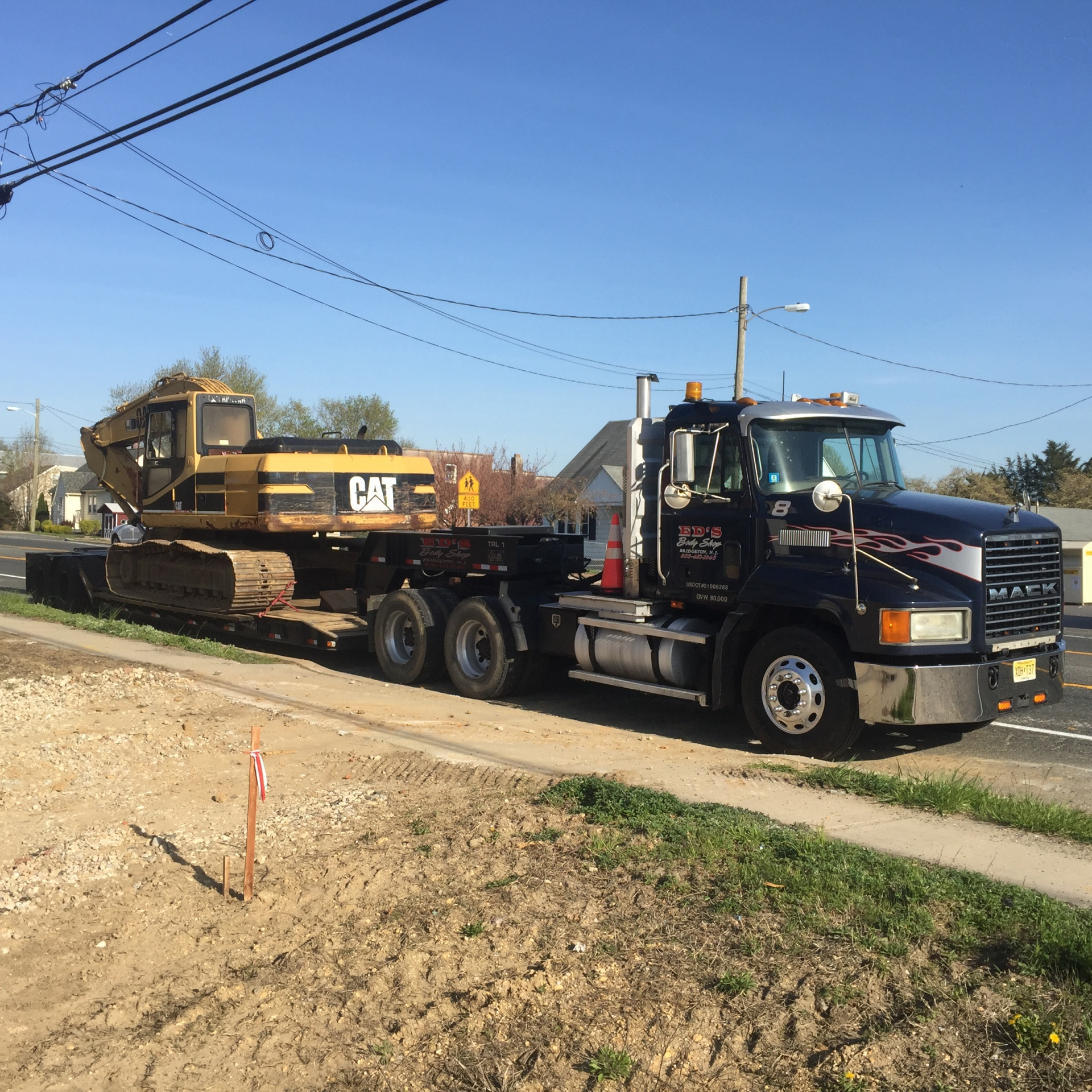 Peterbilt Mack Tractor Service
