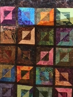 Traditional Quilt by Leslie Johnson