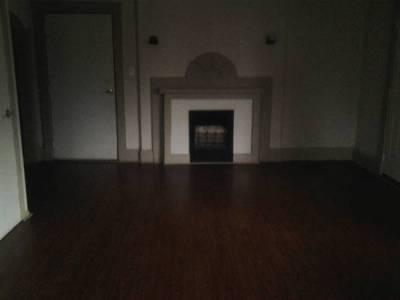$400 - 1 Bed, 1 Bath, Dining room, Car Port, Porch