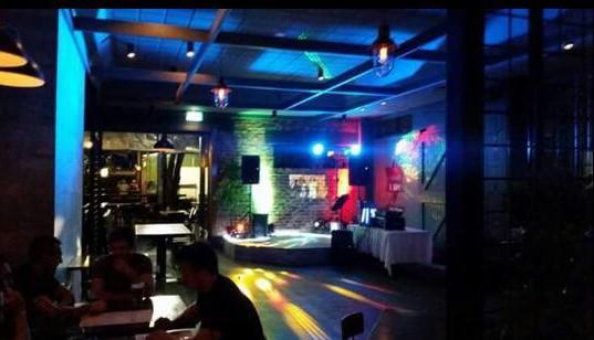 Karaoke/Dj Setup