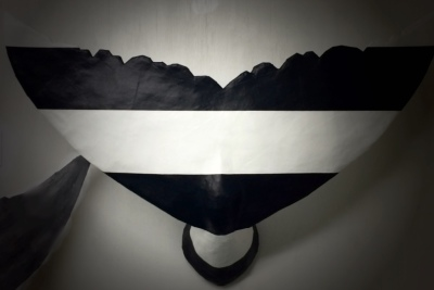 3 ft whale tail black and white stripe
