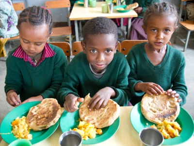 KNOW YOUR WORLD: FACTS ABOUT HUNGER AND POVERTY