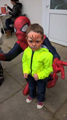 face painting spiderman milton keynes
