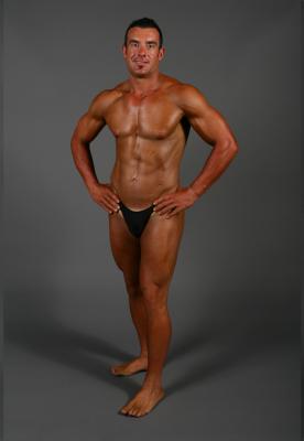 Body Builder Spray Tan