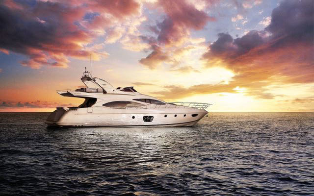 Top 3 Reasons Why You Need a Miami Yacht Charter Broker For Your Next Vacation