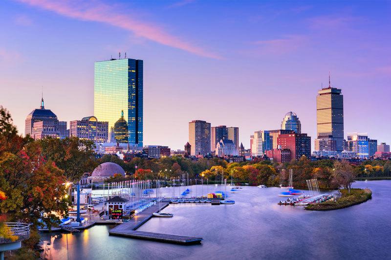 Boston Yacht Rentals to Kick-start Your Summer