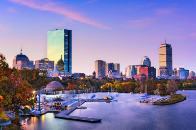 Boston Yacht Rentals to Kick-start Your Summer