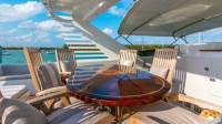 Trilogy Yacht - Top Dining Area