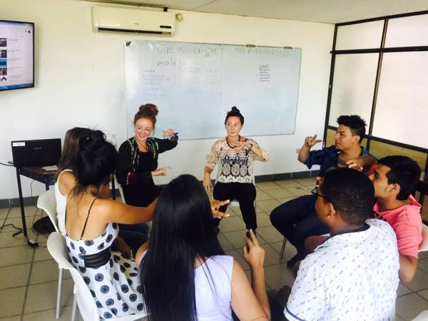 Curso de inglés, conversacional, gringos, nativos.