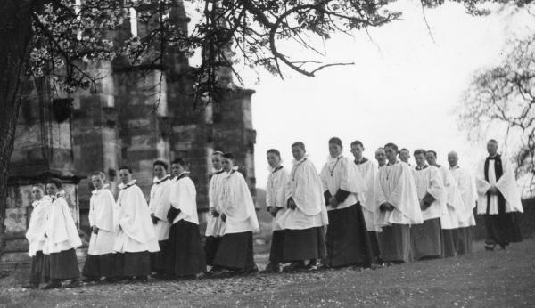 Rossyln Chapel, 1935