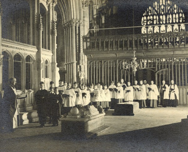 Winchester Cathedral, 1933