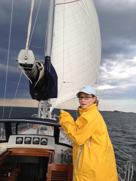 SailonPatriot charter trimming the sails