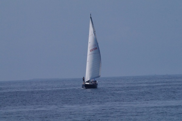 Sailing charter to Kettle Cove