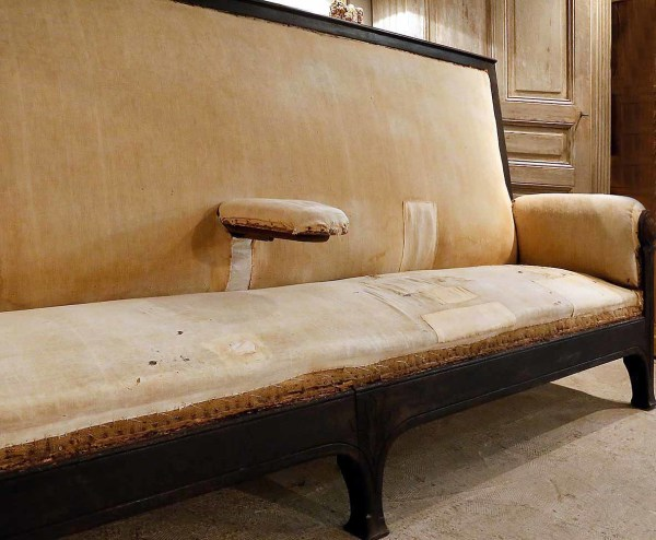 UNUPHOLSTERED BEAUTY
