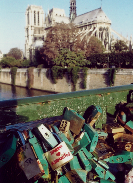 Pont de l'Archeveche, Paris - love lock symbolizing the interaction of DARPP-32 & adducin (Photo OE)