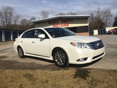 2011 Toyota Avalon Limited!!