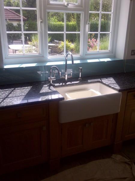 Kitchen tap installment