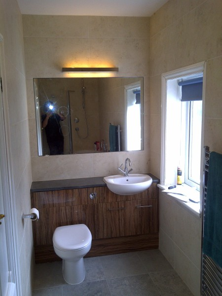 New handbasin and toilet
