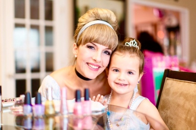 Our performers are professional singers, musicians and actresses all with teaching experience.  We also provide face painting or princess make-overs.  We are Virginia's premier character company!  Serving N. VA and DC areas.