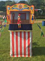Mr Punch, Punch and Judy, puppet, puppet show, puppetry, Miraiker, Miraiker's World of Puppets, puppet maker, carved puppet, wooden puppet, puppet booth, Punch and Judy booth, aluminium booth, aluminium frame, lazy tong booth, wooden both, proscenium, proscenium arch