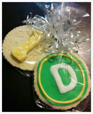 "Sesame Street Monogram ""D"" with #1 Cookie Favors"