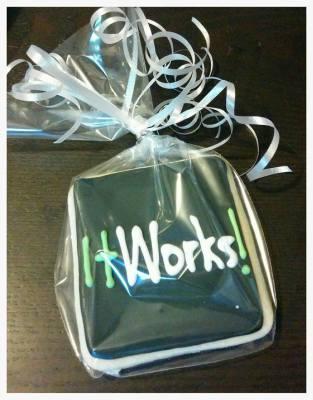 """It works"" Cookie Favors"