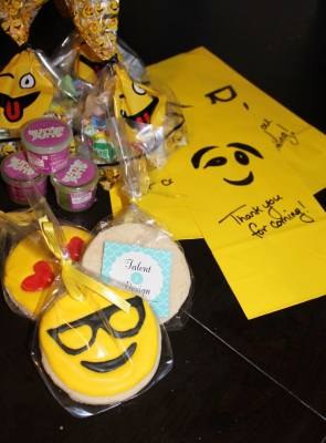 Emoji Cookie Favors for Loot Bags