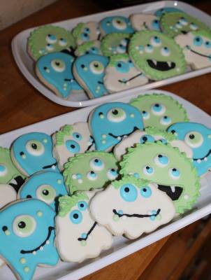 Monster Cookie Platters