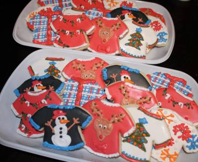 "Custom ""ugly Sweater"" platter style holiday cookies"