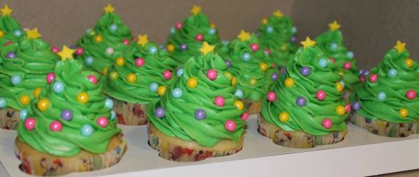 Just some Christmas Tree Cupcakes