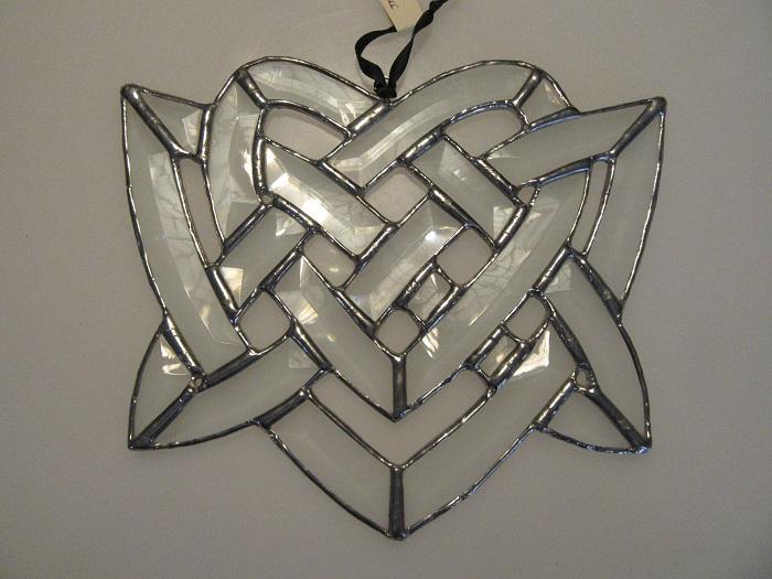 Beveled Heart Knot