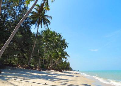 beach photo nakhon si thamarat