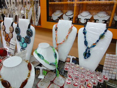 pearls and novelties for sale