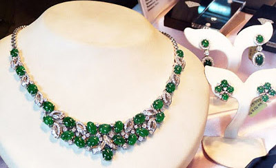 green jade jewelry necklace with diamonds
