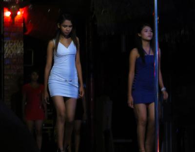 Burmese show girls
