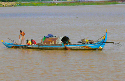 khmer housboat