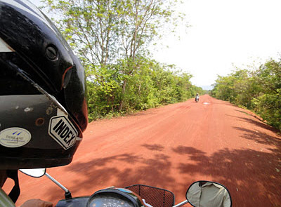 dirt road to sre ambel