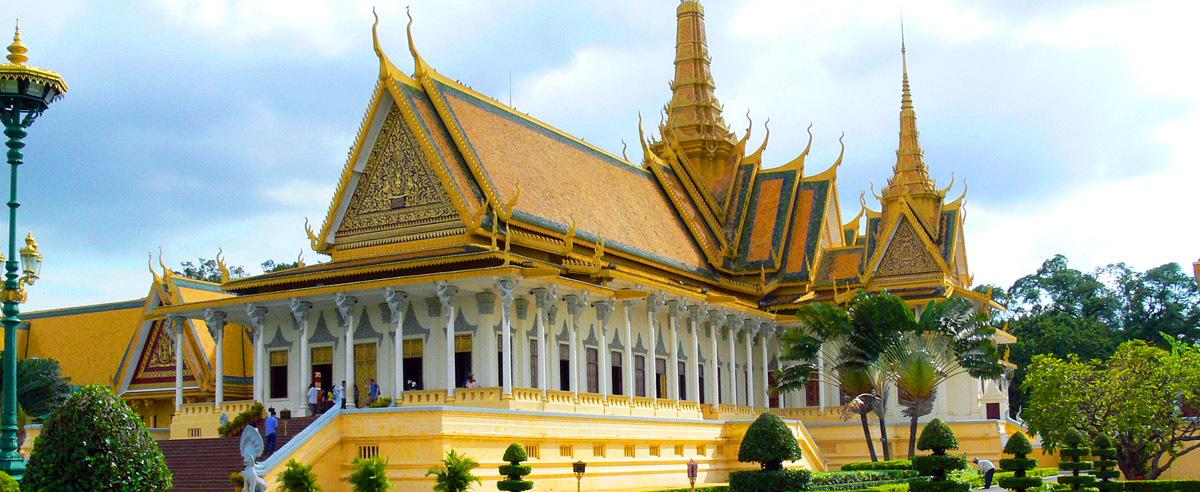 phnom penh palace guide
