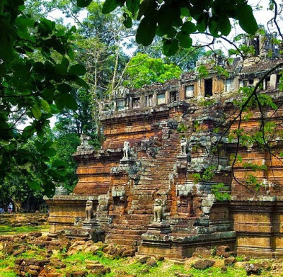 the old kings palace at Angkor Thom