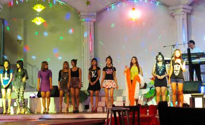 Myanmar nightlife girls (4)