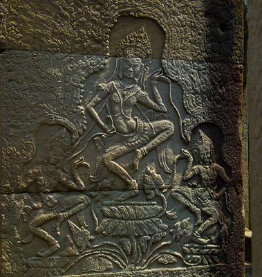 apsara dancer bas-relief (2)