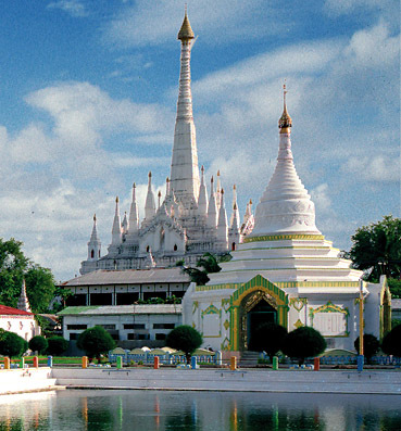 white stupas in Mandalay