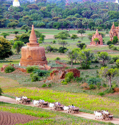 old brick stupa in Bagan