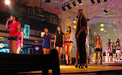 Yangon entertainment girls (1)