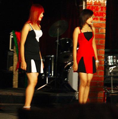 Burmese Girls