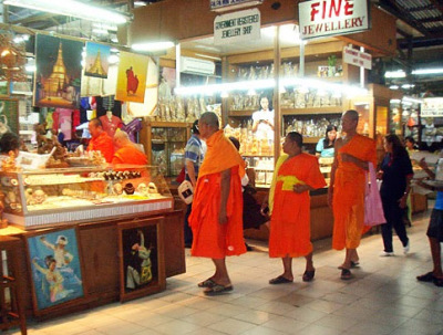 Buddhist monks at Bogyoke Market