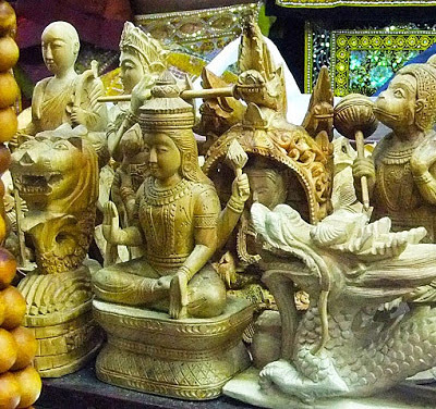 oriental wood carvings sculpture