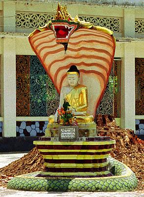 Buddha statue in Bago