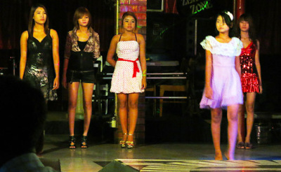 girls entertainment